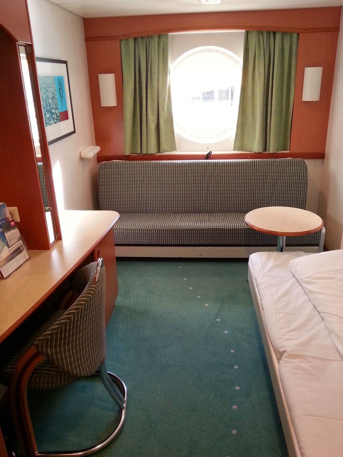 Hurtigruten MS Midnatsol - Standard Cabin