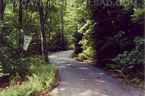Sherwood Forest Vacation Rental with community lakes, canoeing, golf, hiking and more