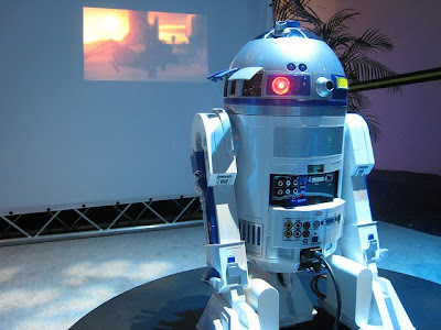 Creative and Cool R2-D2 Inspired Gadgets (15) 3