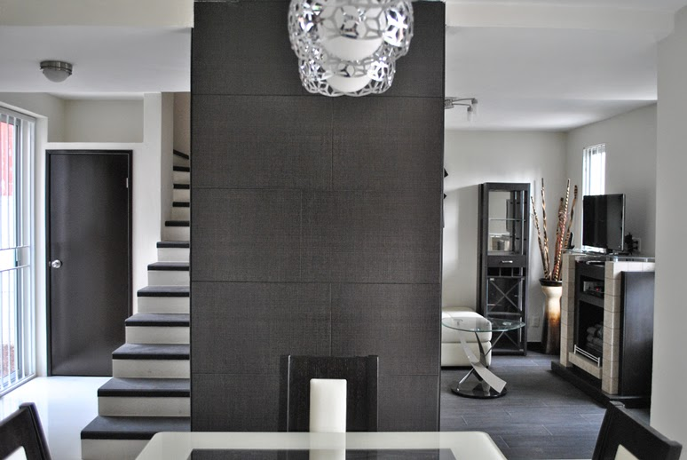Aplicación de Linen de interceramic color graphite revestimiento de muros contemporaneo minimalista