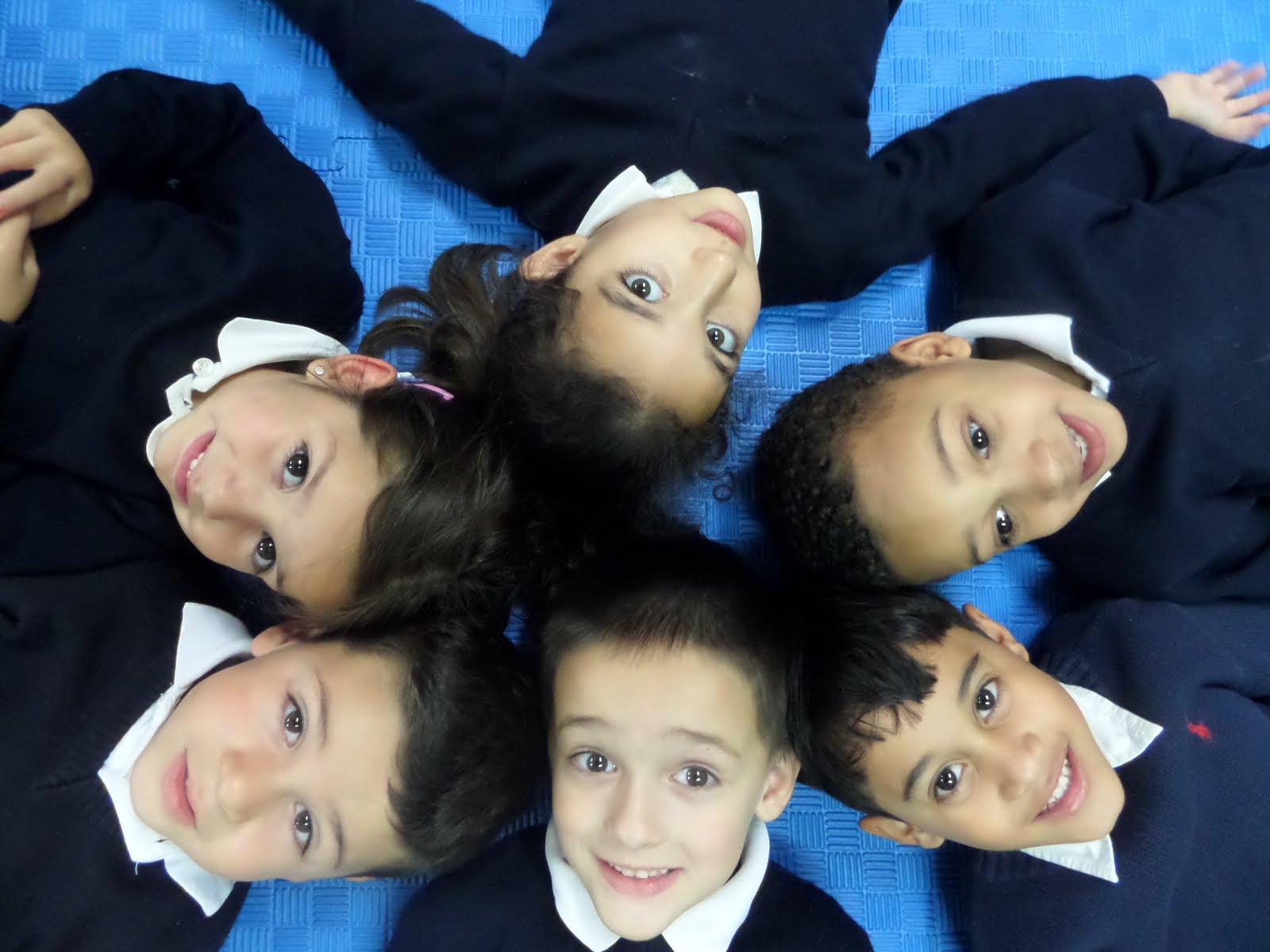 Alex, Alejandro, Jeremy, Halima, Aitana y Eric.