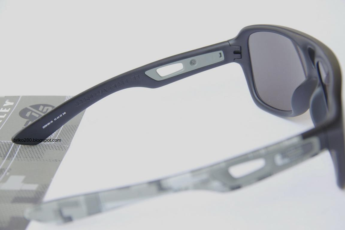 Oakley Dispatch II Sunglasses - The Internet Opticians
