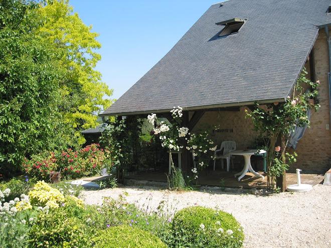 Autre jardin devant la petite maison