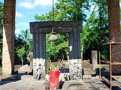 Da Parbatia Temple, Assam