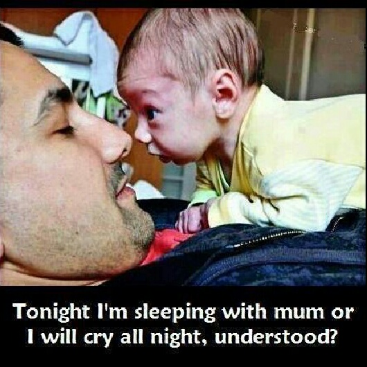 bebe no duerme amenaza
