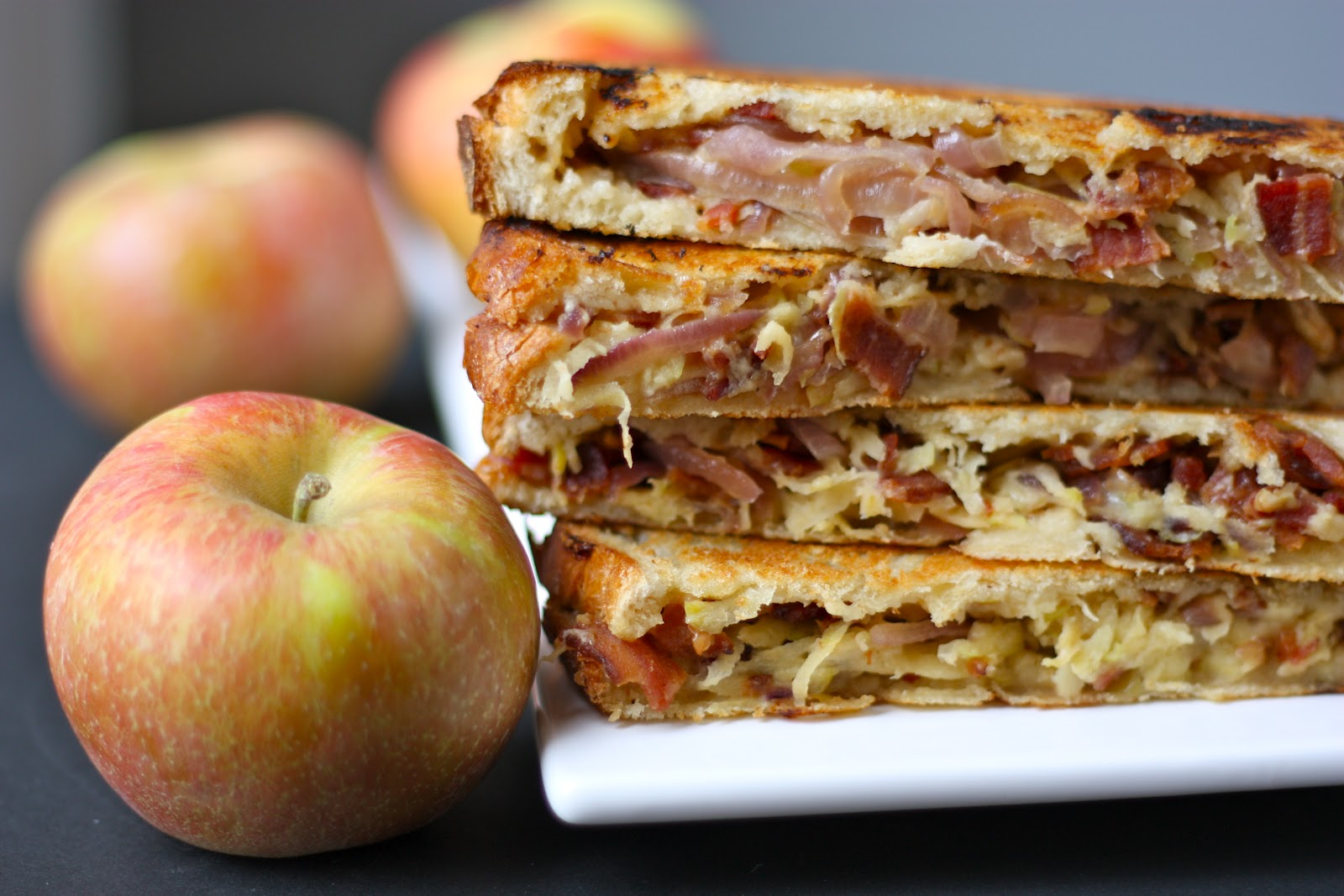 Apple, Bacon and Cheddar Grilled Cheese Sandwiches with Caramelized ...