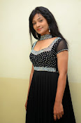 Swetha shaini latest glam pics-thumbnail-6