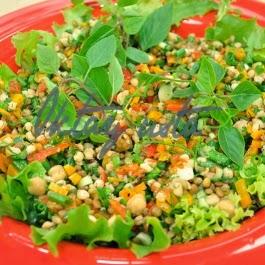 3 Karışık Bakliyat Salatası Tarifi