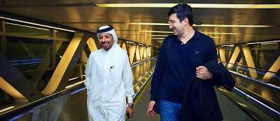 Le GM Mohammed Al-Modiahki, organisateur du tournoi, est venu accueillir Vladimir Kramnik à l'aéroport - Photo © Maria Emelianova