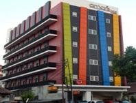 Hotel Ini Beralamat Di Jl Kramat Raya No 35 Menteng Senen Jakarta Memiliki 108 Kamar Dan Anak Yang Berumur Lebih Dari 5 Tahun Anggap