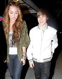 Is miley cyrus dating justin bieber 2011