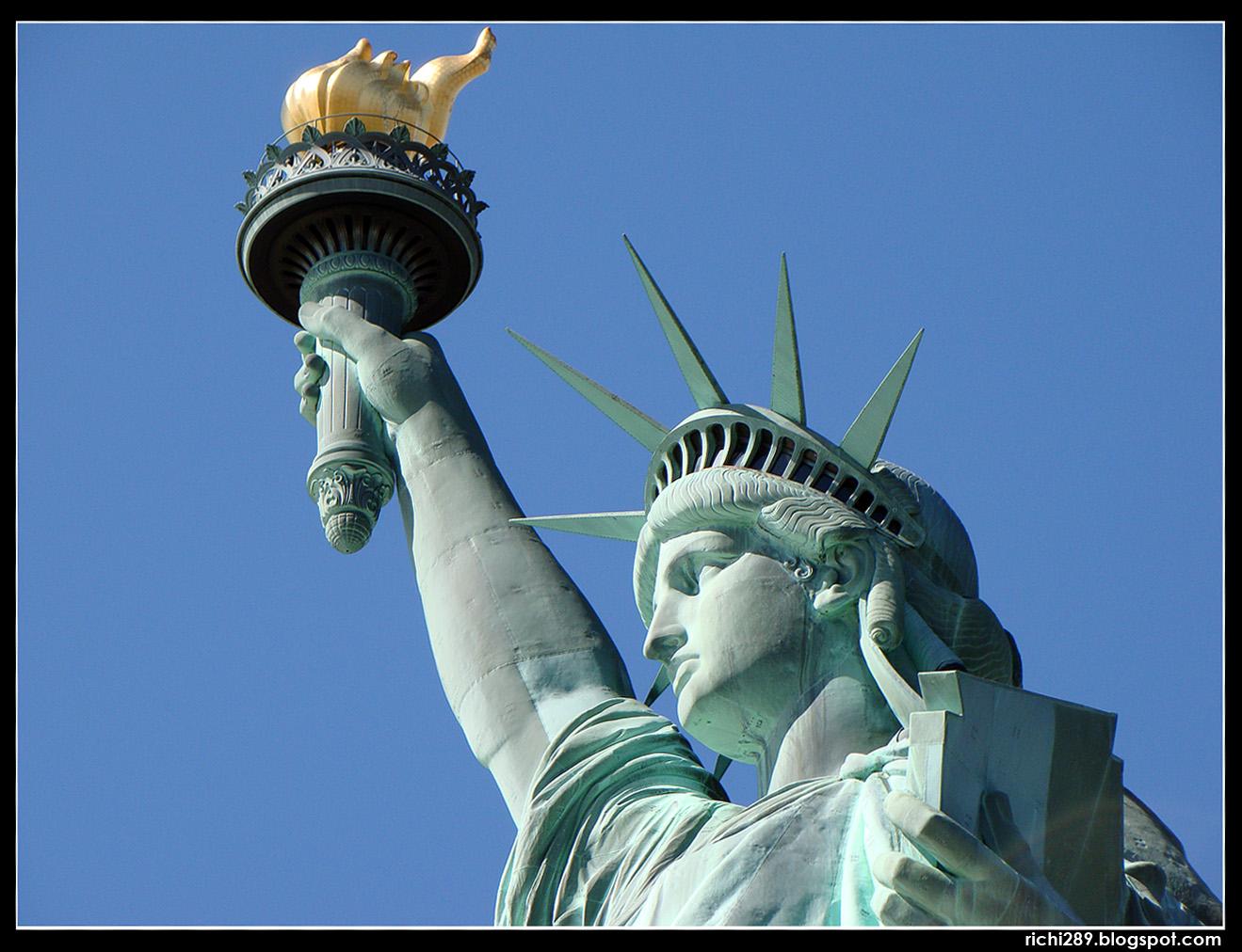 Filosof a seg n carlos libertad y madurez for Interior estatua de la libertad