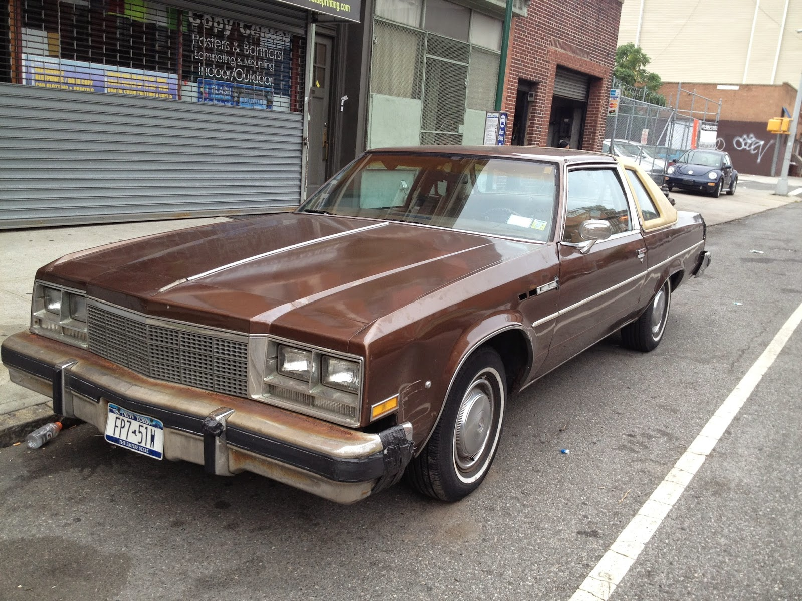 NYC Hoopties - Whips Rides Buckets Junkers and Clunkers: The Very ...