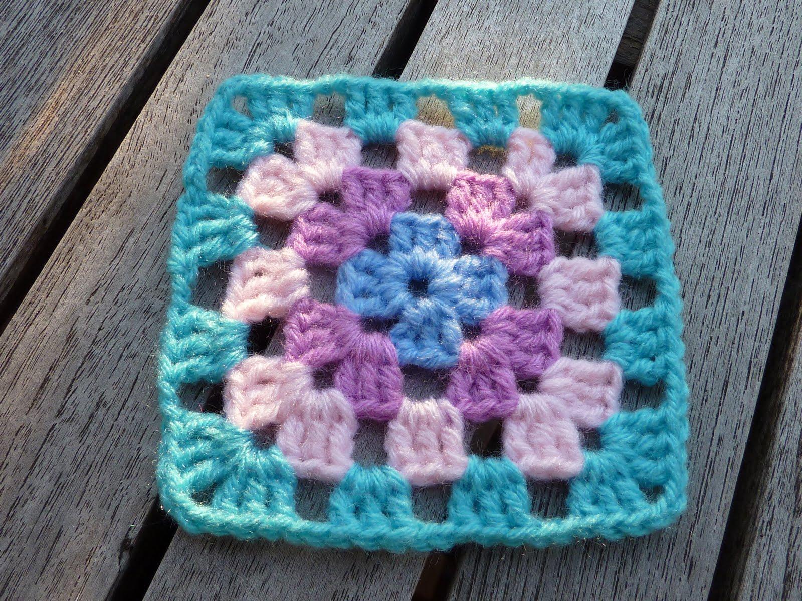 Tricotadeiras de oeiras manta de crochet - Mantas a crochet ...