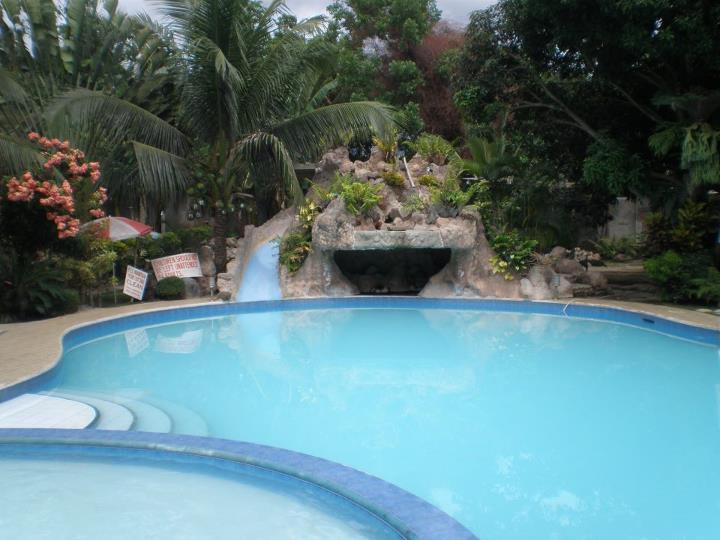 wanderer huiz pool swim park loving my caregiver friends