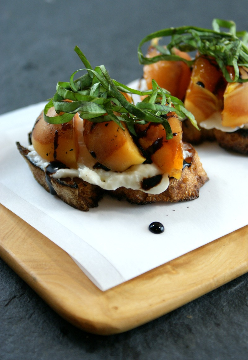 Authentic Suburban Gourmet: Grilled Apricot Crostini ...