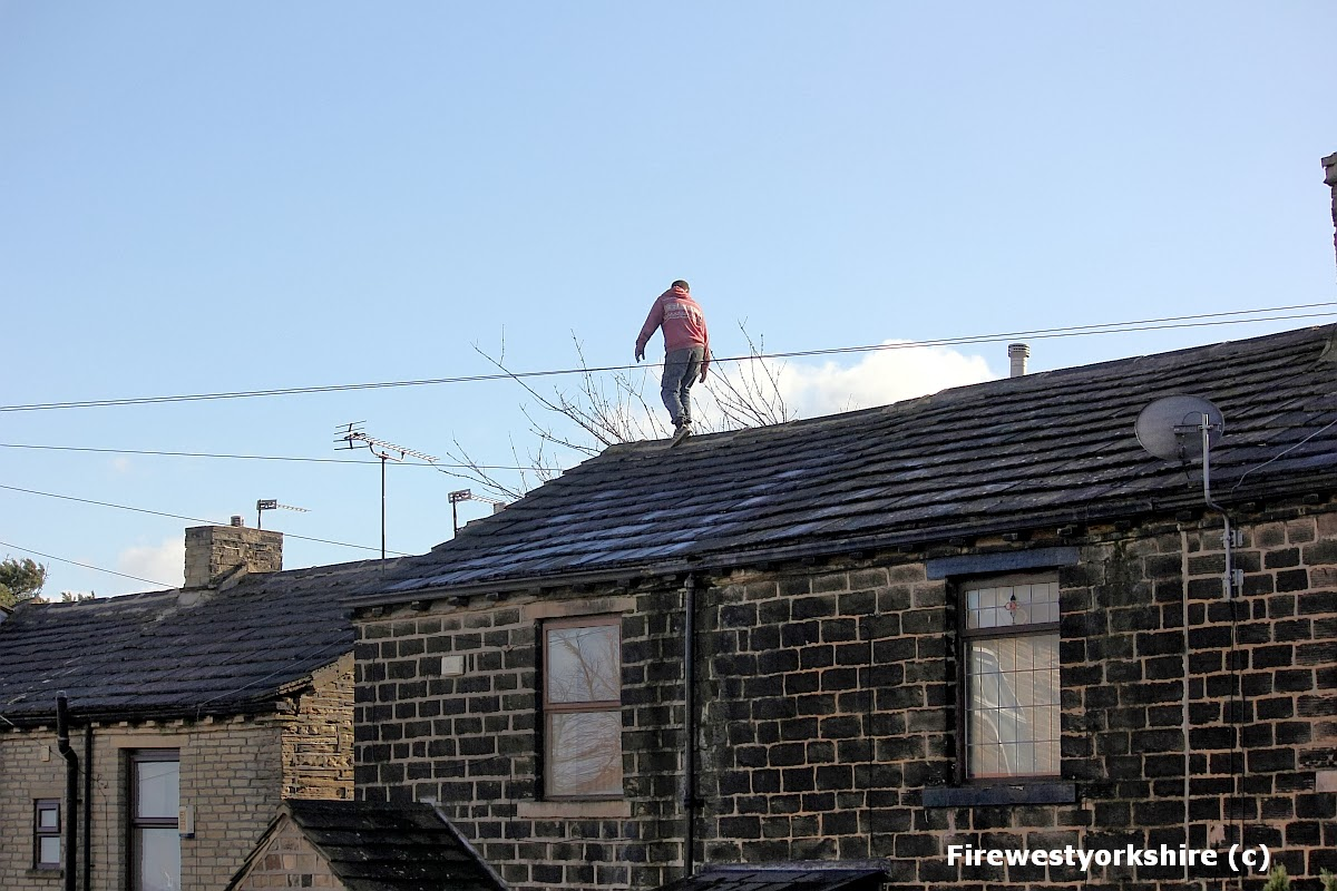 Male on roof, Wibsey, rooftop, Drama, burglary