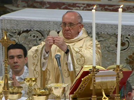 Đức Thánh Cha Gặp Các Linh Mục Và Dâng Thánh Lễ Tại Cassano