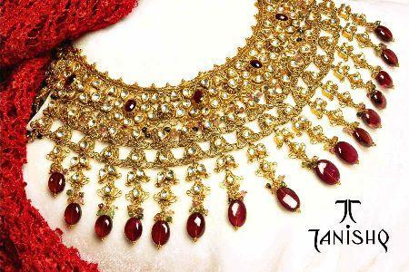 Gold and Diamond jewellery designs