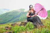Ester Noronha latest photos-thumbnail-9