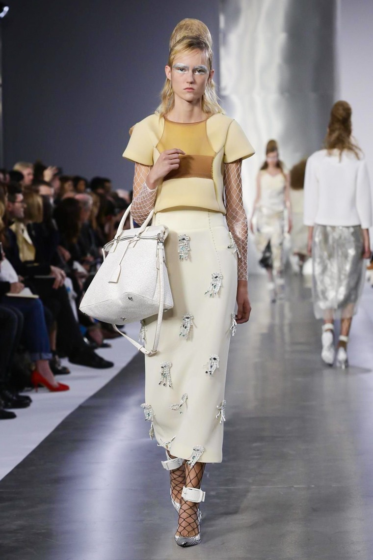 maison-margiela, maison margiela-ss16, maison-margiela-spring-summer, maison-margiela-spring-summer-2016, maison-margiela-spring, maison-margiela-printemps-eté, maison-margiela-printemps-ete-2016, john-galliano, john-galliano-margiela, du-dessin-aux-podiums, dudessinauxpodiums, vintage-look, dress-to-impress, dress-for-less, boho, unique-vintage, alloy-clothing, venus-clothing, la-moda, spring-trends, tendance, tendance-de-mode, blog-de-mode, fashion-blog, blog-mode, mode-paris, paris-mode, fashion-news, designer, fashion-designer, moda-in-pelle, ross-dress-for-less, fashion-magazines, fashion-blogs, mode-a-toi, revista-de-moda, vintage, vintage-definition, vintage-retro, top-fashion, suits-online, blog-de-moda, blog-moda, ropa, asos dresses, blogs-de-moda, dresses, tunique-femme, vetements-femmes, fashion-tops, womens-fashions, vetement-tendance, fashion-dresses, ladies-clothes, robes-de-soiree, robe-bustier, robe-sexy, sexy-dress