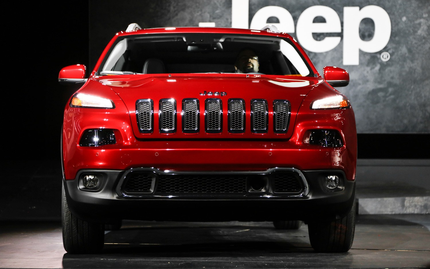 2014 jeep wagoneer spy shots. Cars Review. Best American Auto & Cars Review