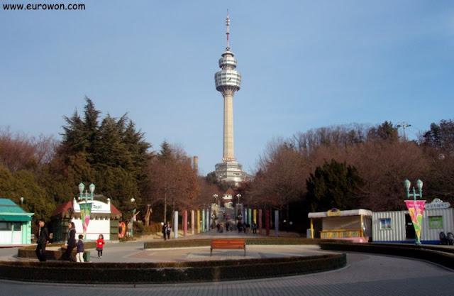 Torre de Daegu de día
