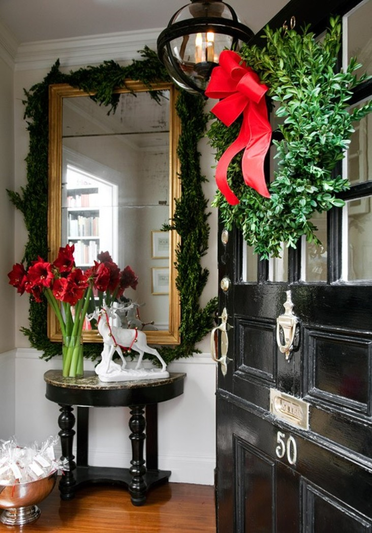 ciao newport beach festive christmas doors. Black Bedroom Furniture Sets. Home Design Ideas