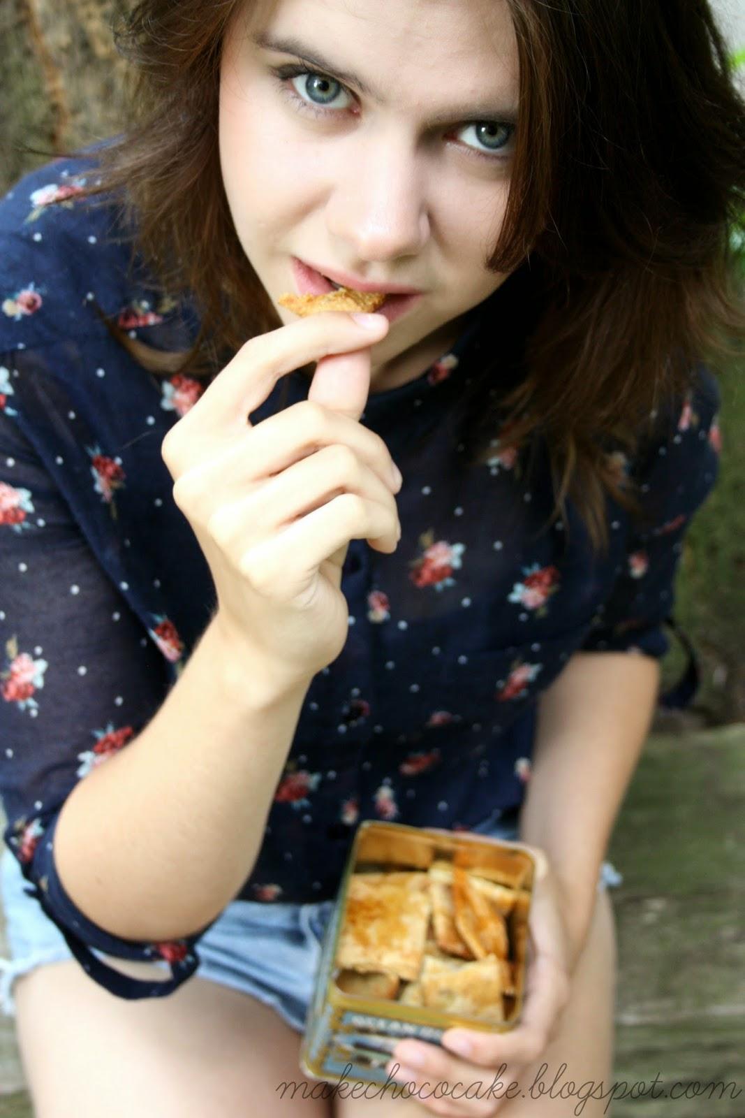 Zdrowe lawendowe herbatniki z mąki owsianej i miodu