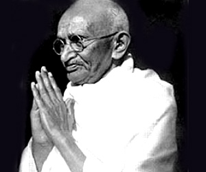 mahatma gandhi s information in sanskrit Find and save ideas about slogan of mahatma gandhi on pinterest | see more ideas about information of mahatma gandhi, gandhiji slogan and mahatma gandhi information quotes  january also known as mahatma (great soul in sanskrit) gandhi, was an indian politician and philosopher he also inspired martin luther king, jr as he used peaceful.