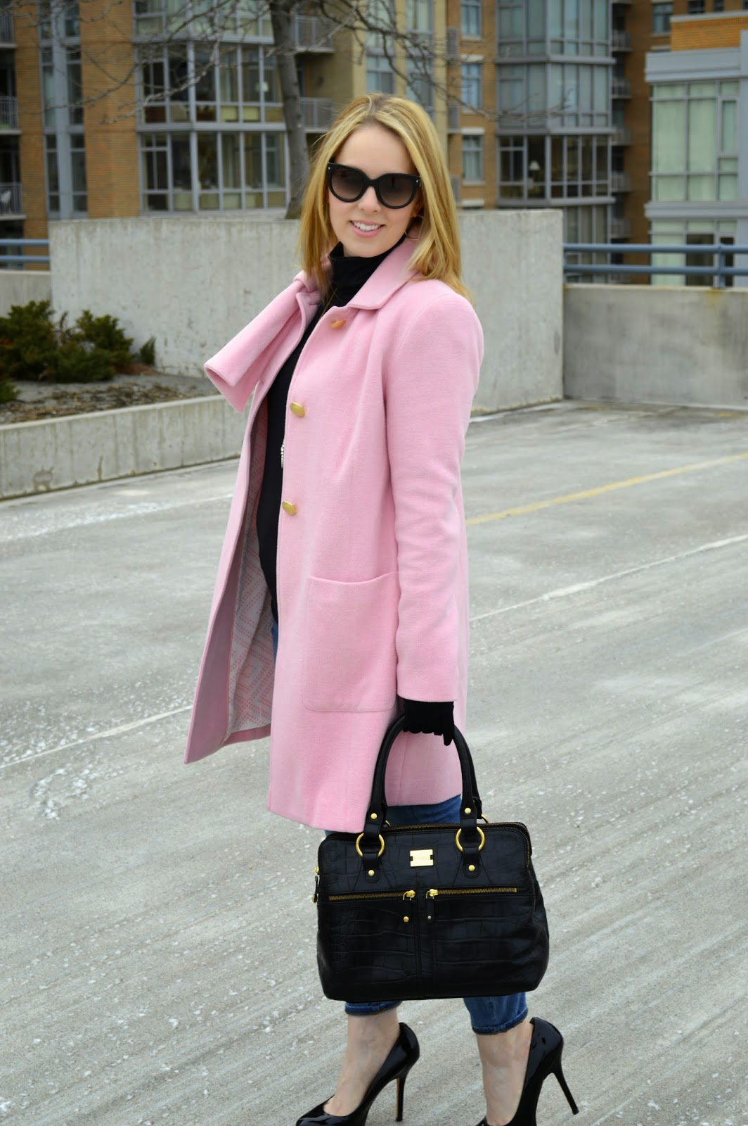 pink-coat-bow
