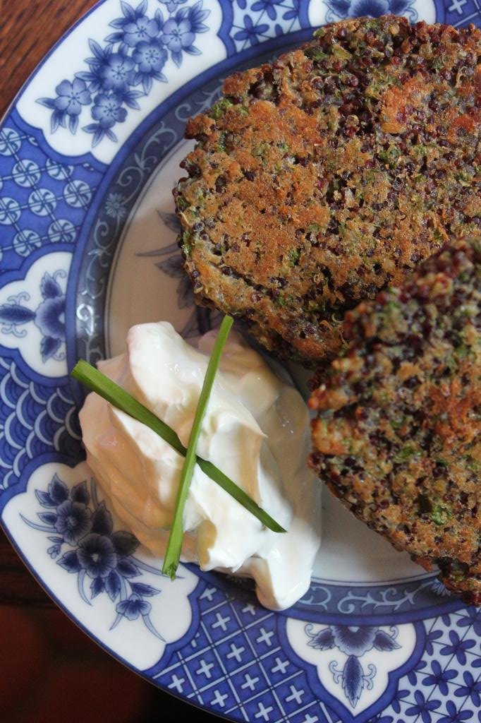 the gd kitchen: lemon, parsley, and olive quinoa cakes
