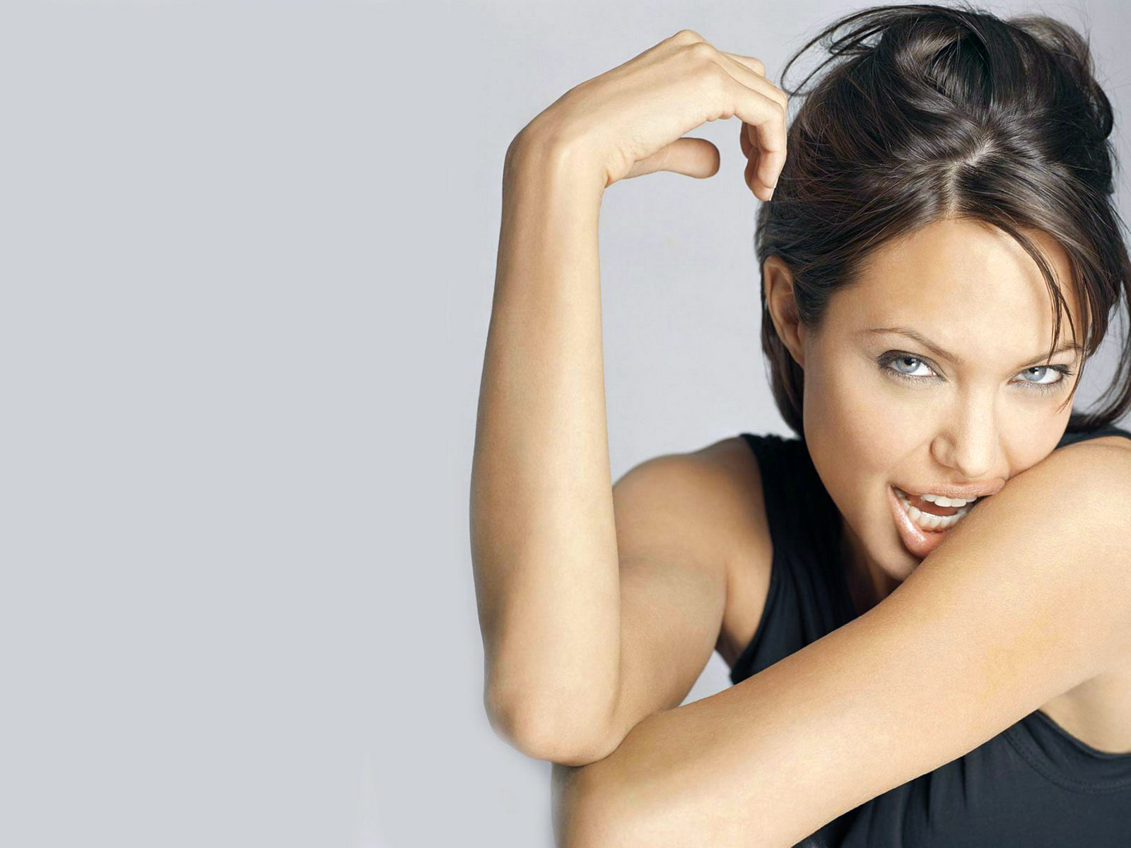 angelina jolie latest hot hd wallpapers 2013 its all