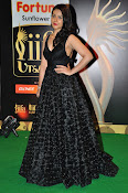 Rashi Khanna sizzling at iifa utsavam-thumbnail-7