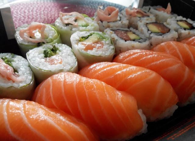 sushi, maki, sushi shop, bullelodie