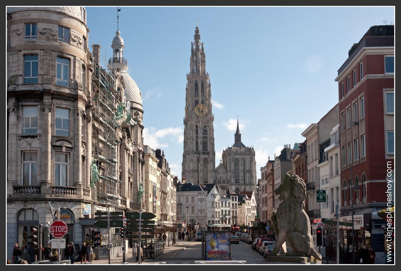 Vistas de la Catedral de Amberes