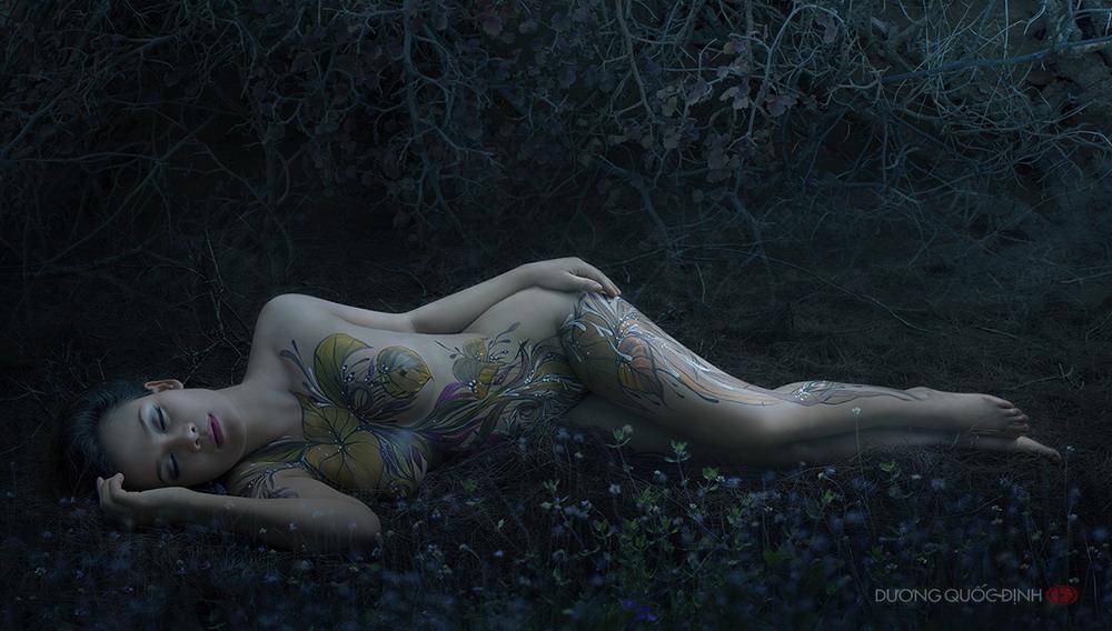 Ảnh gái đẹp sexy với body painting Phần 2 30