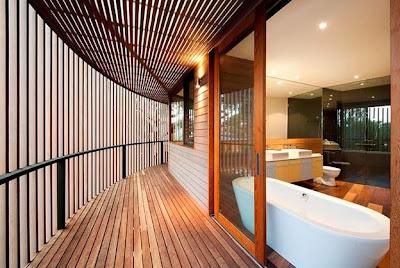 Diseño de cuarto de baño en casa de madera