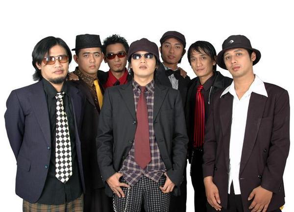 Chord Gitar + Lirik Lagu Tipe X - Salam Rindu