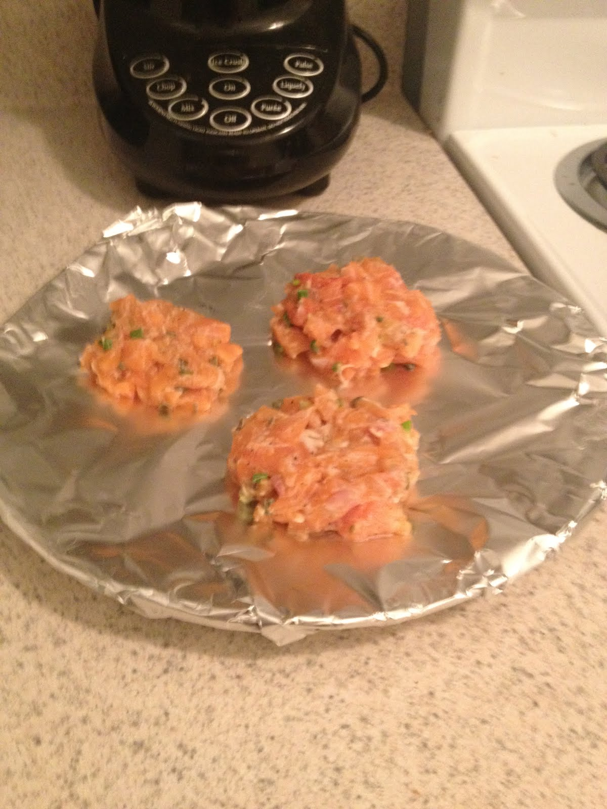 Salmon Burgers with Green Yogurt Sauce – Pain-Free Kitchen