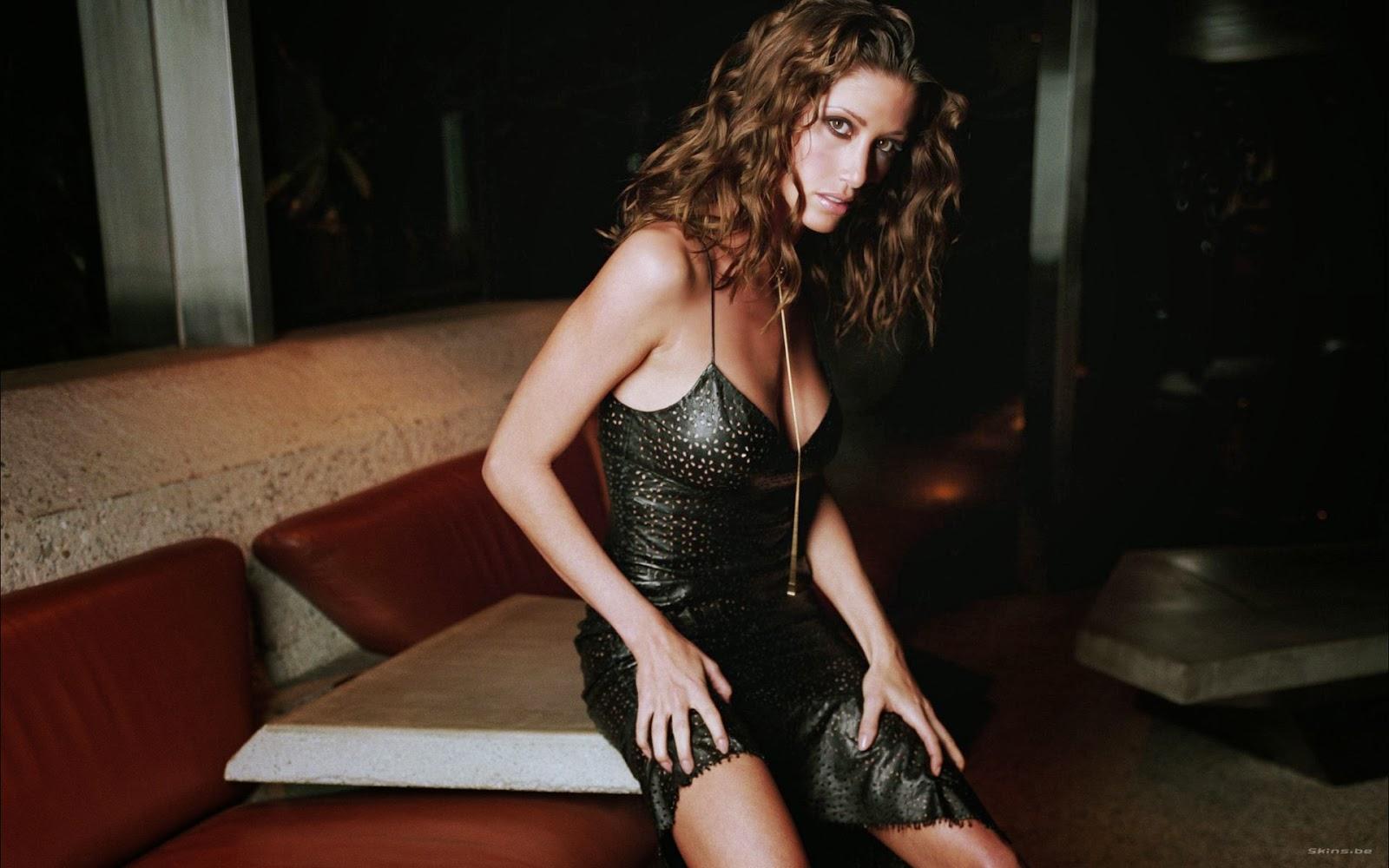 sanaa lathan hot sexy topless