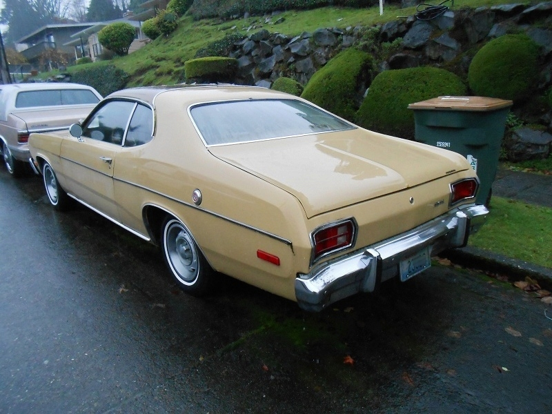 seattle 39 s parked cars 1974 plymouth gold duster. Black Bedroom Furniture Sets. Home Design Ideas