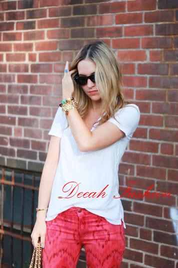 Tips Memakai Baju Putih Chic Kasual