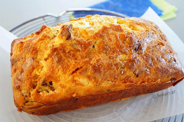 Feta and Sundried Tomato Loaf