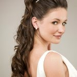Engagement-Hairstyles-For-Cute-Girl-Pictures