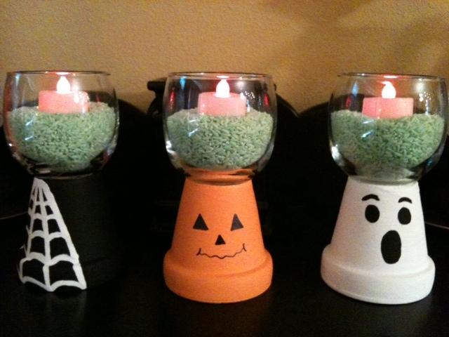 Crafty soccer mom halloween decor 3 for Centros de mesa para halloween
