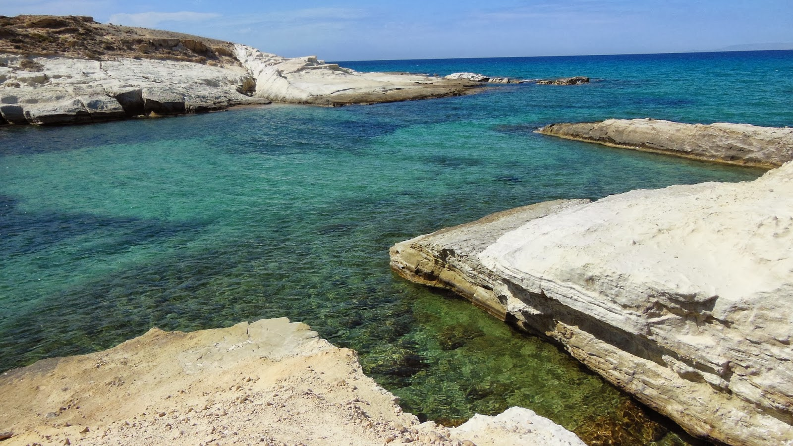 Travel in the nature: Milos best beaches tour