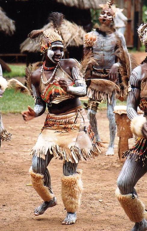 kikuyu people the kenyan largest and a warrior tribe. Black Bedroom Furniture Sets. Home Design Ideas
