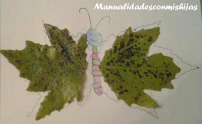Mariposa con hojas de otoño
