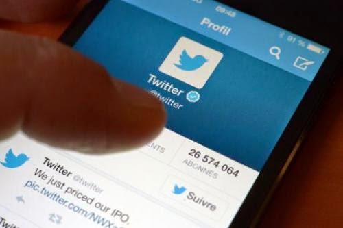 Twitter tweep tweeting tweets